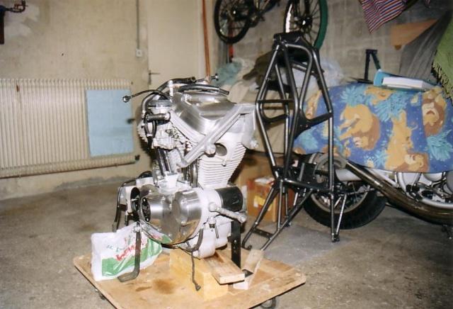 Commande - Fabrication support moteur Tub - TOUS VENDUS - Page 5 952804RemontageBuell01