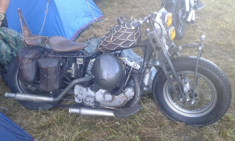 No limit à l'imagination pour les motos, Humour of course! - Page 37 95307020160626074646