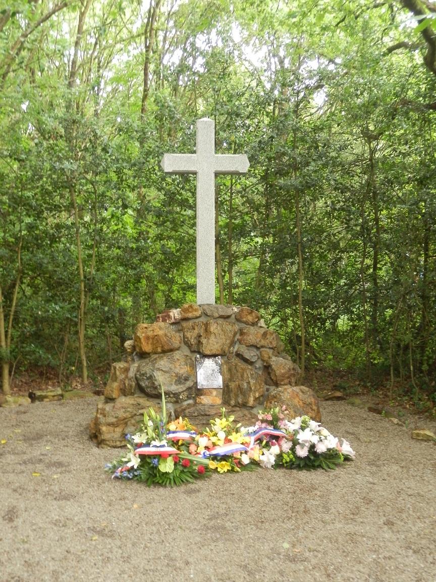 28 Juin 2014 70è Anniversaire de l'anéantissement du Maquis de Saffré 953681P6281330