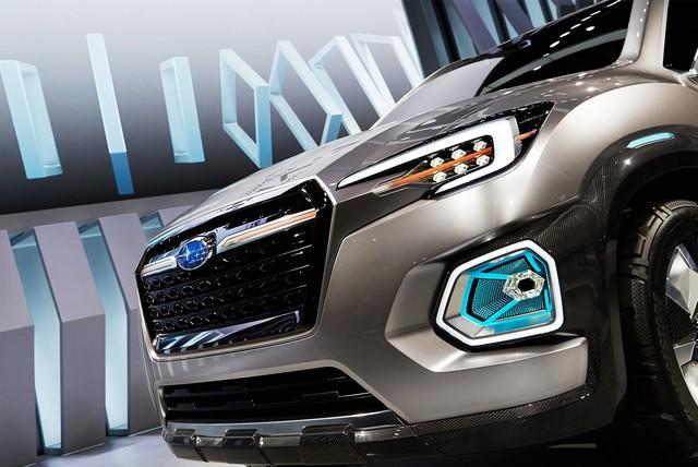 Subaru a dévoilé le concept VIZIV-7 SUV au salon Los Angeles 2016  953974motorshowliveconcept7