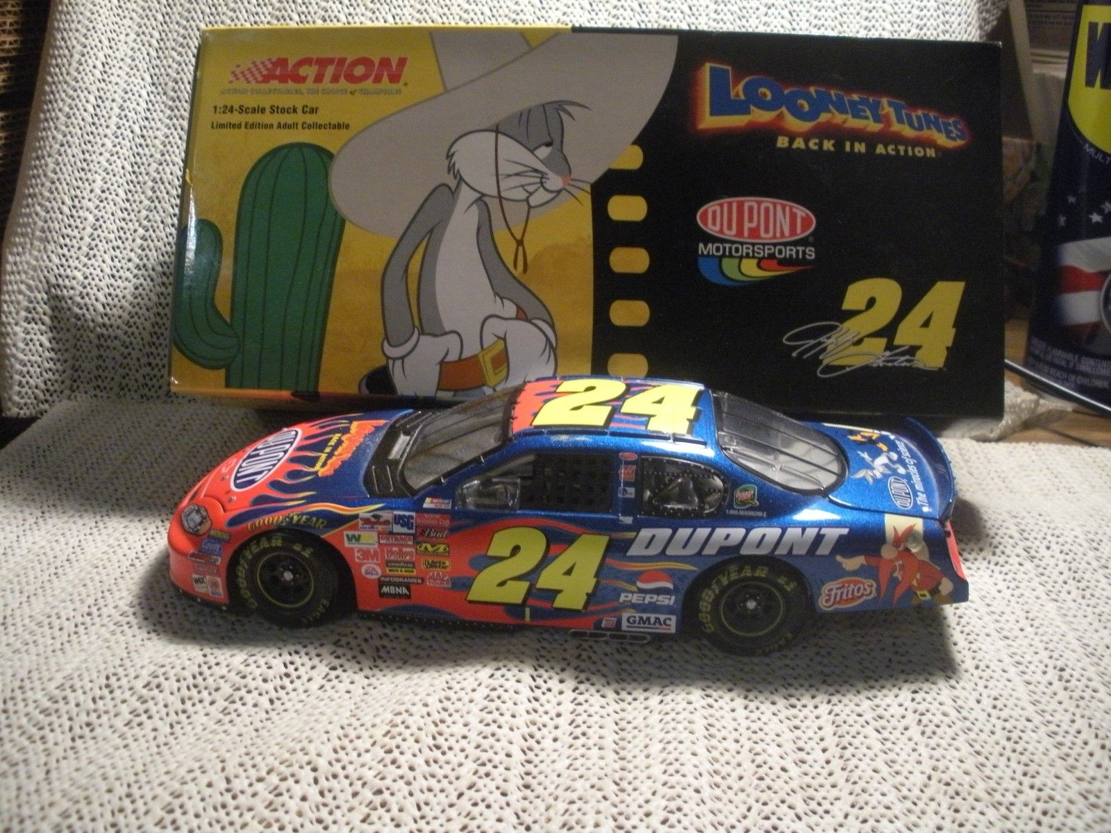 Nascar & Jeff Gordon's tribute - Page 6 9556592003LOONEYTUNES