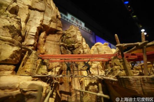 [Shanghai Disneyland] ADVENTURE ISLE (Soaring.../Roaring Rapids/Camp Discovery/Tarzan) 95839991w3
