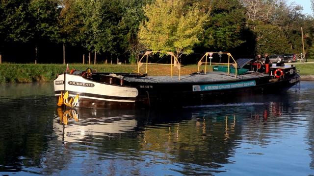Le transport fluvial 963457Tourmente