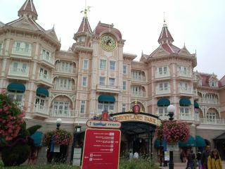 [17 Août 2010] Les 2 parcs Disney ! Ouverture d'RC Racer et Crush avec 0 minutes d'attentes à 18h ! 965014IMG105