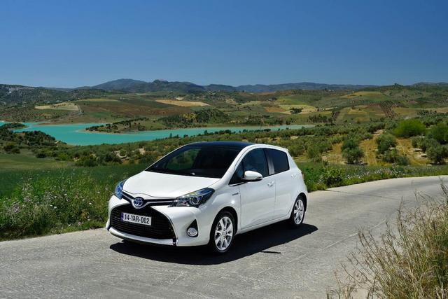 Toyota Affiche Les Émissions De CO2 Les Plus Faibles Sur Le Marché Français En 2014 965725b8f333ec17ea4b49b8b7