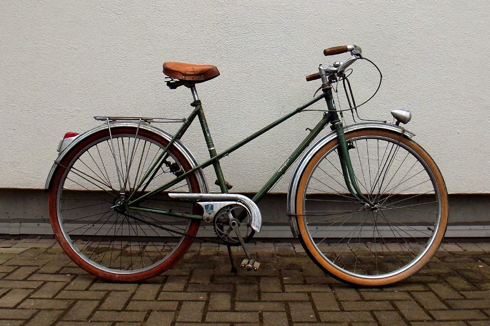 Peugeot années 50, PHR 55? 965926DSCF0361