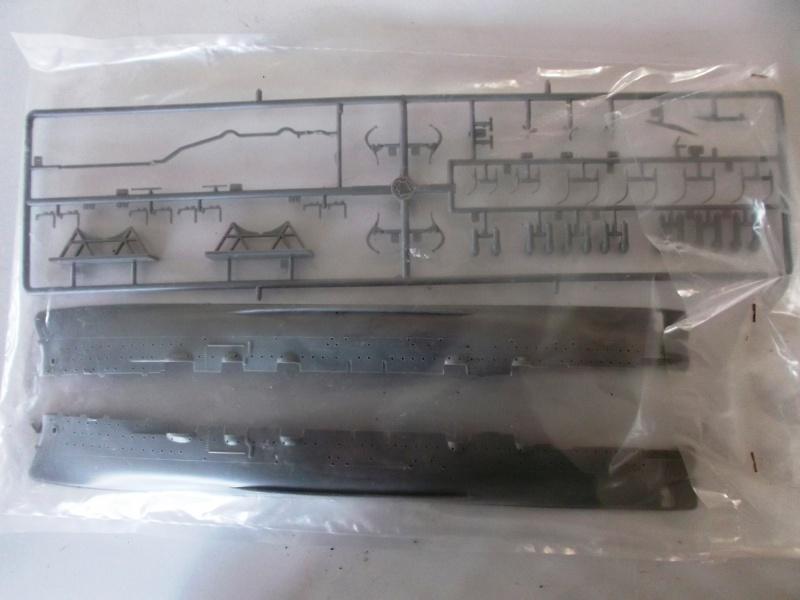 croiseur AURORA 1/400ème Réf L 785 966831aurora5