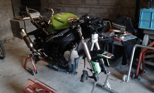 Zx6r 2010 o3z supersport  968642IMAG0446