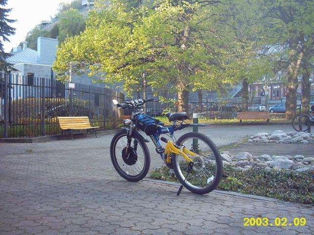 HOOLIGAN..Pas un (( GRAND )) vélo.....MAIS !!! - Page 6 9727032009