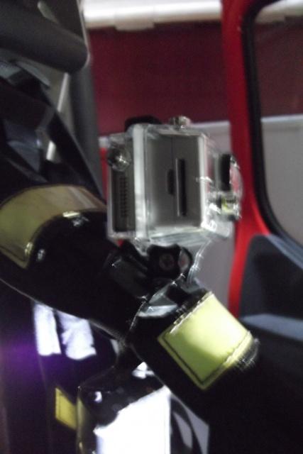 Montage sur 1 casque de sapeur pompier (type F1) 975550DSCF1468