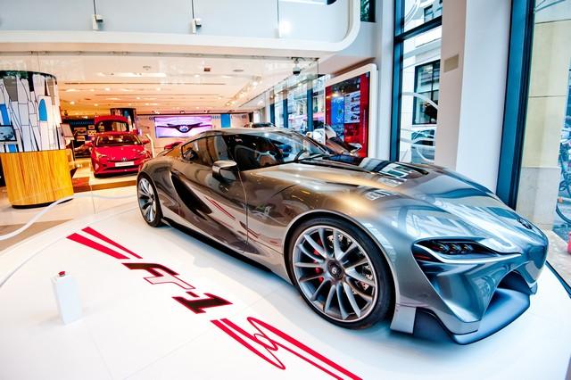 """Le """"Creative Design"""" À L'honneur Au Rendez-Vous Toyota 977018OSO8947"""
