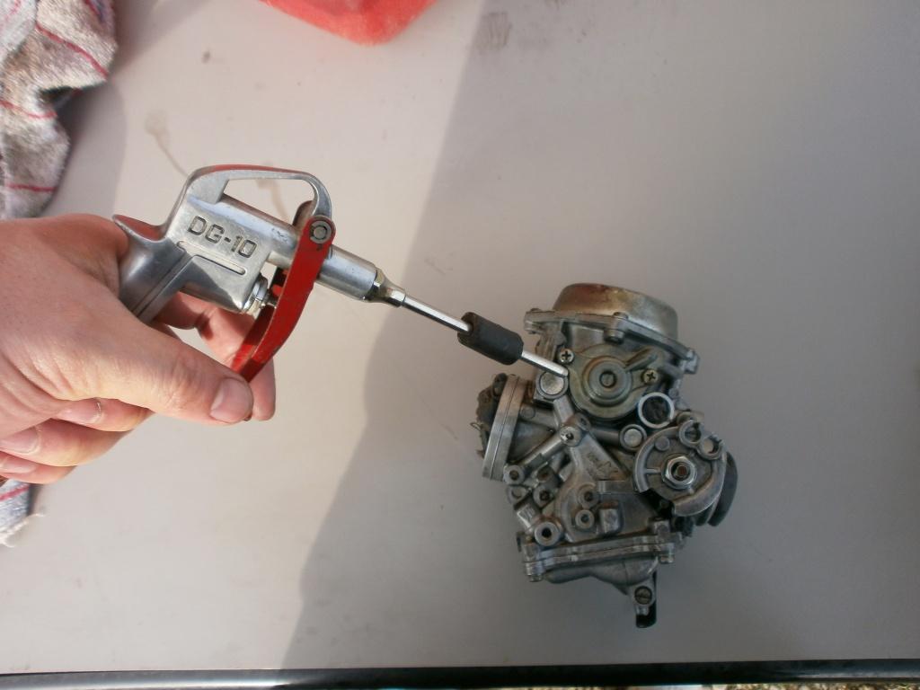 Nettoyage carburateurs de transalp 600 983115P2140005