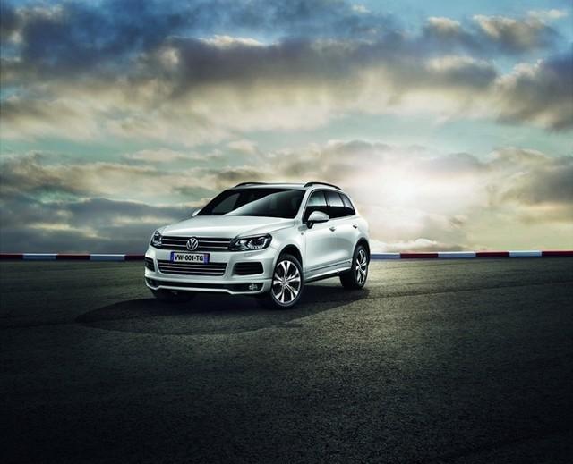 Volkswagen lance la série spéciale Touareg 'R-Exclusive' 983925VolkswagenTouaregRExclusive