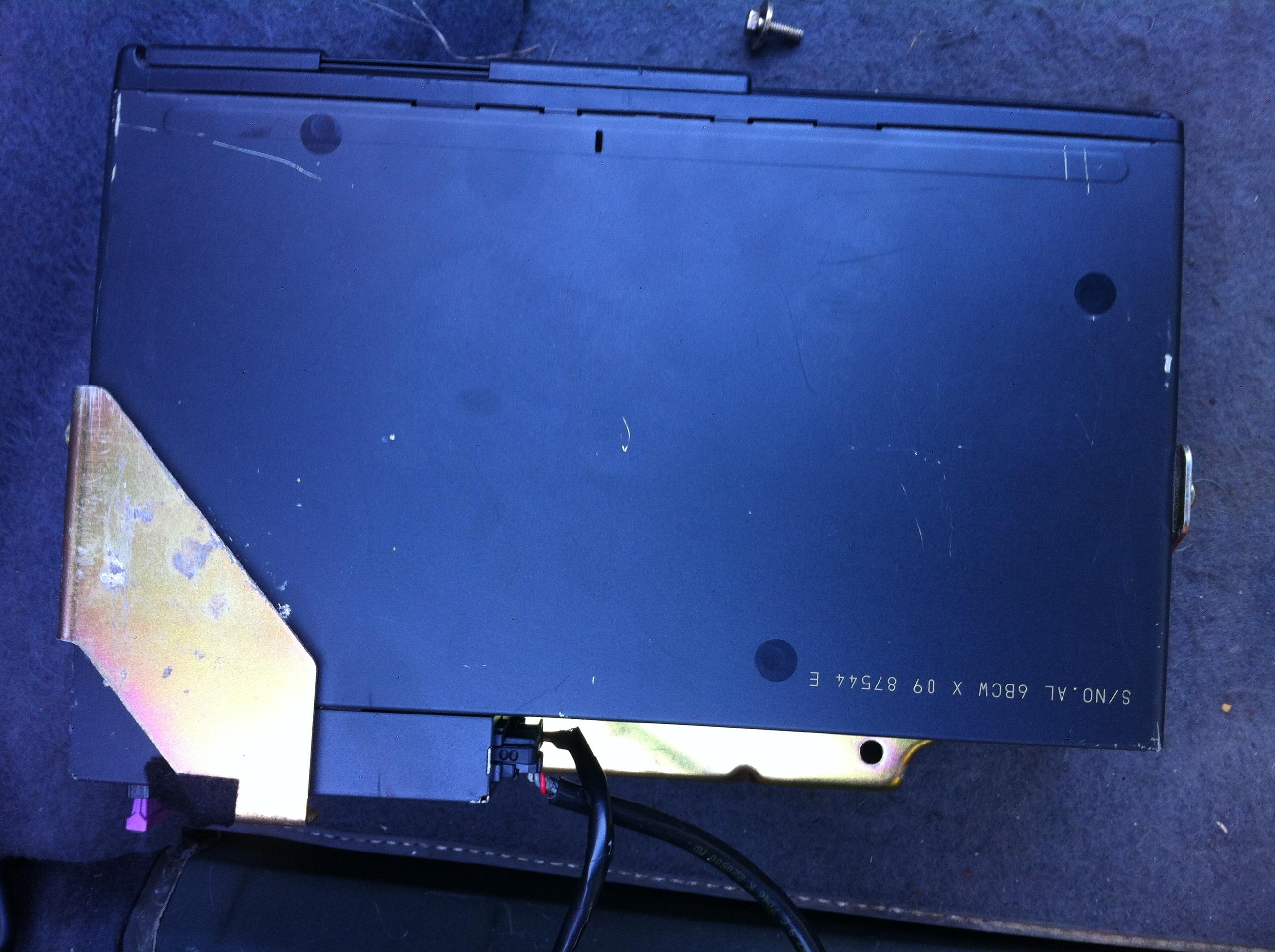 Pas de chargeur CD ni de fiches pour le brancher !!! - Page 4 985034IMG0962