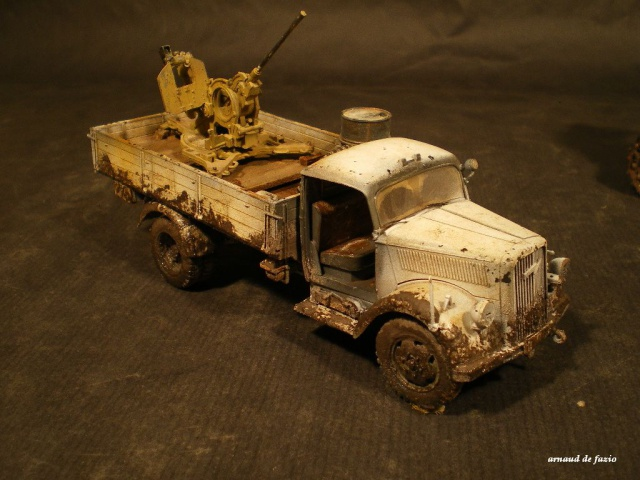 tracteur d artillerie soviétique chtz s-65 version allemande 1/35 trumpeter,tirant 2 blitz de la boue 985104IMGP1862