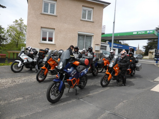 KTM Adventure day's 2015 :  concentre et raid off road d'enfer ! 985297selectioncr27