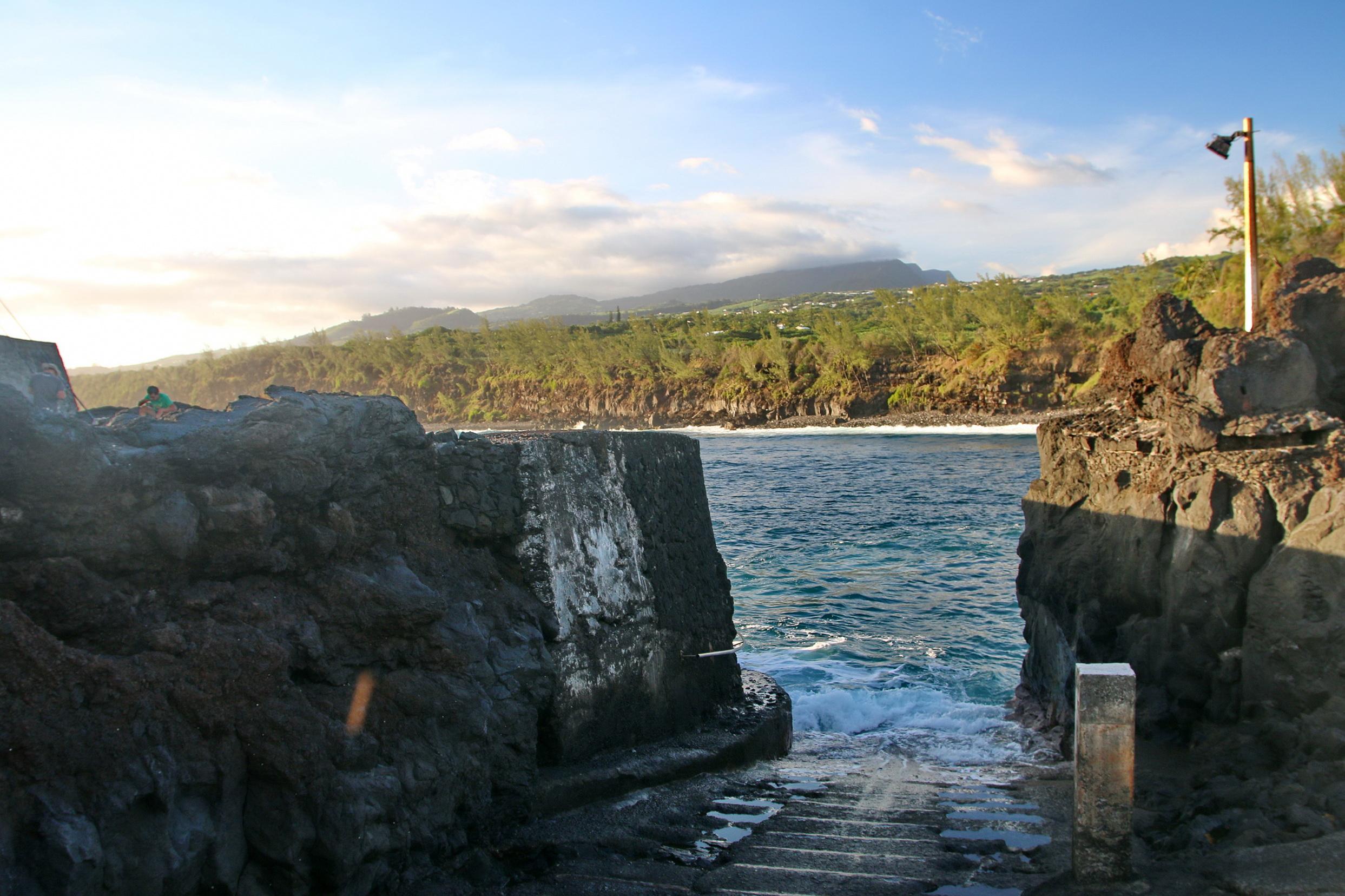 [Vie des ports] Les ports de la Réunion - Page 5 987183capmchantlangevin142