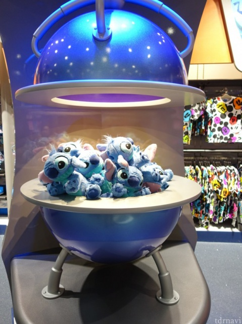 [Tokyo Disneyland] Nouvelle attraction : Stitch Encounter (17 juillet 2015) - Page 2 988809tc5