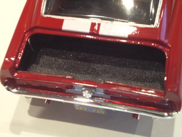 mustang shelby 350 GT 1967  au 1/25 de chez AMT/ERTL  989250IMGP1050