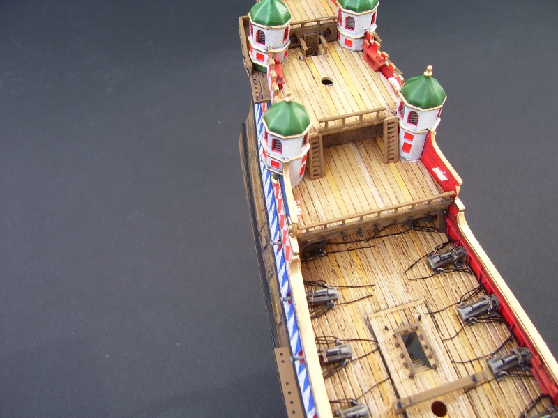 HMS ELIZABETHAN 1/200  - Page 3 991283Photo058