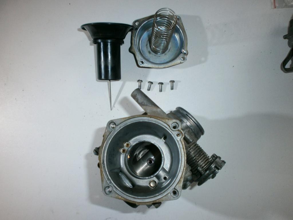 Nettoyage carburateurs de transalp 600 993096P1270018
