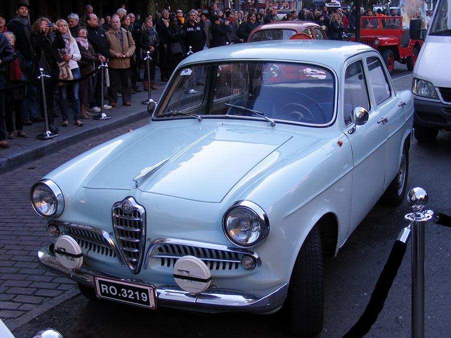 """Bruxelles côté BD  """"Tintin en automobile"""" - Page 2 996759DSCF6256"""