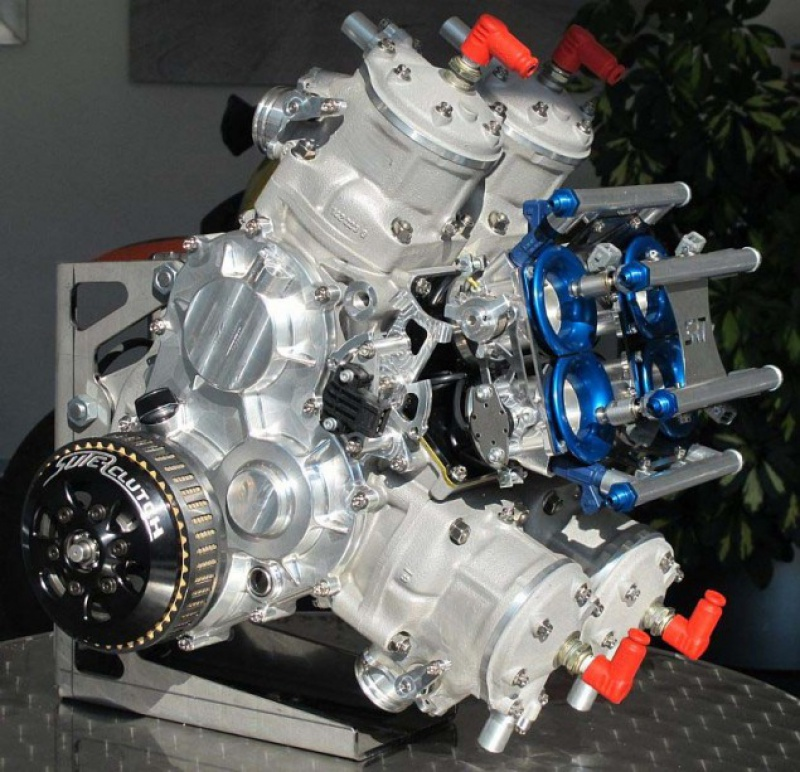 SUTER RACING 997317SuterSRT500FactoryV4trackbike06635x613