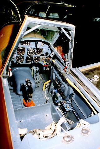 Bf-109 F-4 Trumpetter 1/24 - Page 2 998941WNr101322