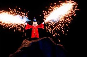 Disneyland Resort: Trip Report détaillé (juin 2013) - Page 3 Mini_381573fantasmic