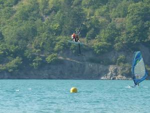 Lac de Serre Poncon - Page 3 Mini_421176P1040697