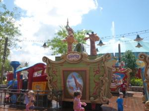 Séjour à Disneyworld du 13 au 21 juillet 2012 / Disneyland Anaheim du 9 au 17 juin 2015 (page 9) - Page 2 Mini_442992P1010157