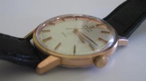 Choix d'une montre vintage pour 250€ Mini_469075IMG0706