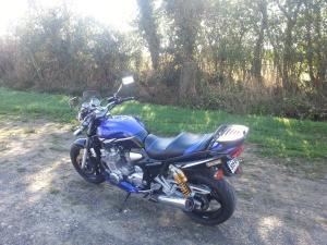 Les aventures de Tito dans le monde de la moto :) - Page 5 Mini_52325520131006111531