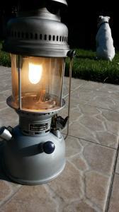 Eclairage : la lampe à pétrole - Page 2 Mini_6525537212