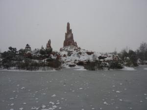 Disney et le mauvais temps (orage, pluie, neige, grêle...) - Page 24 Mini_694347200113089