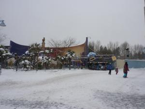 Disney et le mauvais temps (orage, pluie, neige, grêle...) - Page 24 Mini_700935200113027