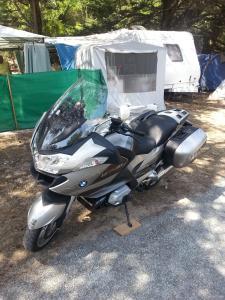 Les aventures de Tito dans le monde de la moto :) - Page 5 Mini_70698920130714144528