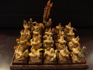 Orques et gobelins / Hauts-Elfes / Elfes Noirs Mini_710228P1050032