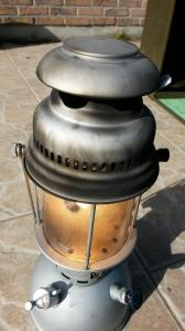 Eclairage : la lampe à pétrole - Page 2 Mini_7889028310