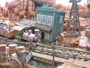 Séjour à Disneyworld du 13 au 21 juillet 2012 / Disneyland Anaheim du 9 au 17 juin 2015 (page 9) - Page 2 Mini_922519P1010101