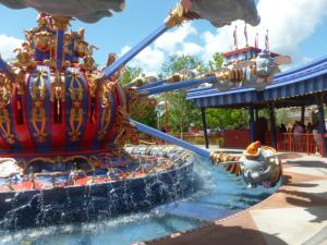 Séjour à Disneyworld du 13 au 21 juillet 2012 / Disneyland Anaheim du 9 au 17 juin 2015 (page 9) - Page 2 Mini_922738P1010159