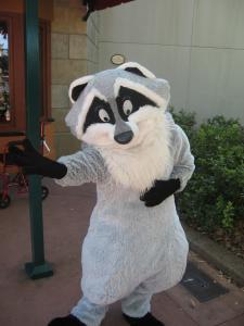 Disneyland Resort: Trip Report détaillé (juin 2013) - Page 3 Mini_931864hhhhhhhhhhhhhhhhhhhhhhhhhhhhhhhh