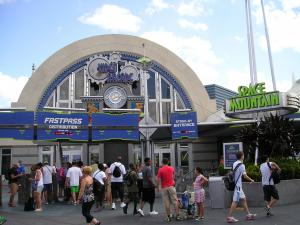 Séjour à Disneyworld du 13 au 21 juillet 2012 / Disneyland Anaheim du 9 au 17 juin 2015 (page 9) - Page 2 Mini_992793P1010034