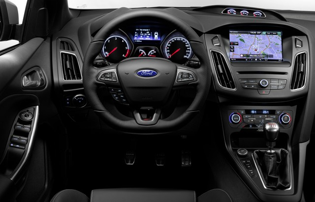 Ford choisit la célèbre course de côte de Goodwood pour dévoiler la nouvelle Focus ST 111978FocusST11