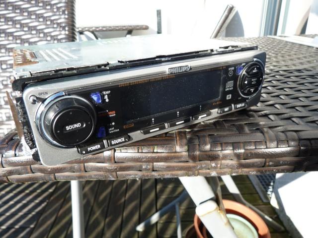 Philips auto radio dc 854 113327P1290645