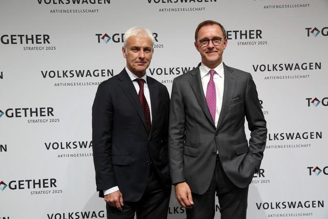 Une Nouvelle stratégie du Groupe adoptée : le Groupe Volkswagen compte devenir le leader mondial de la mobilité durable  113338hdmatthiasmulleretthomassedran