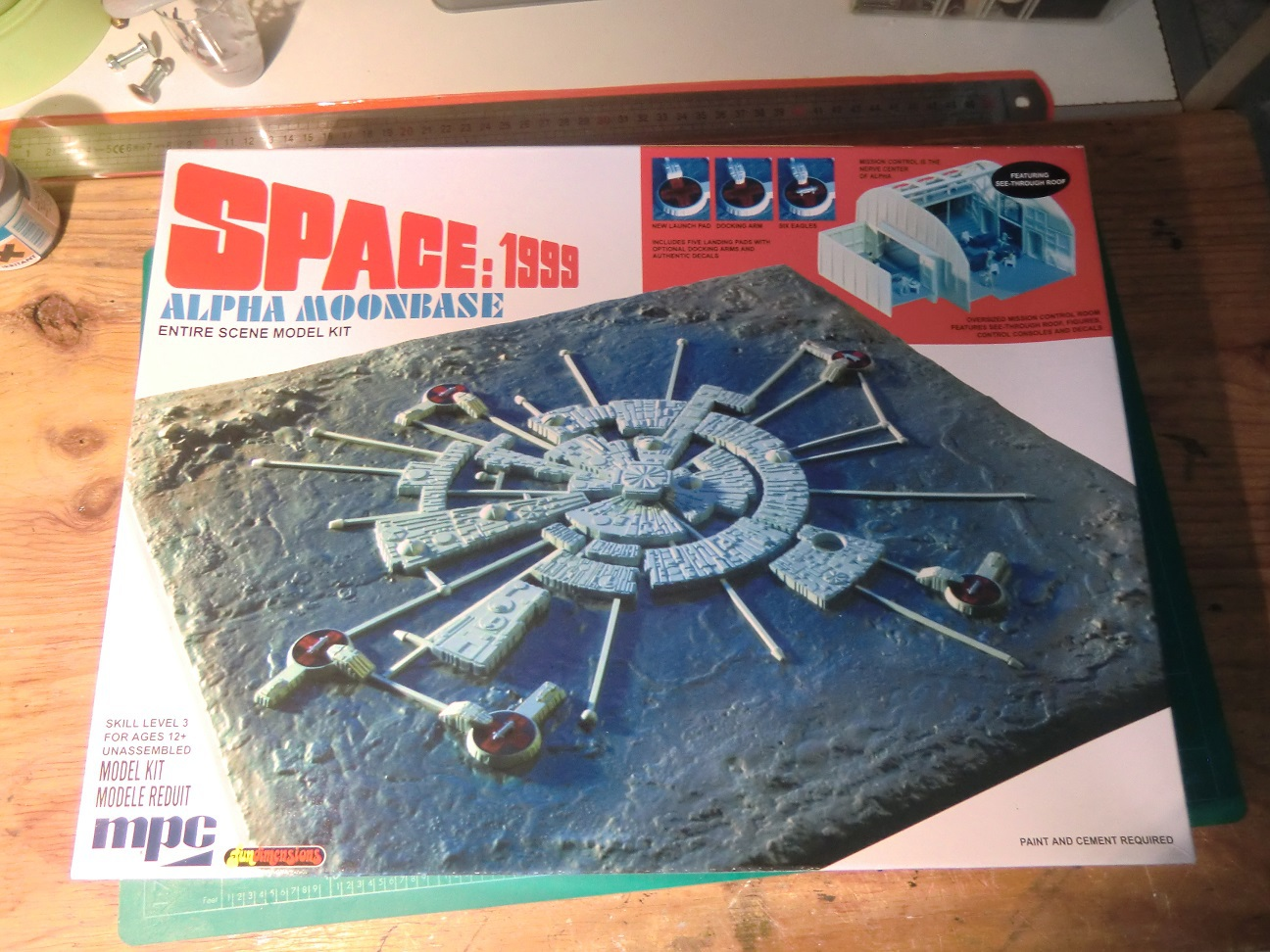 SPACE 1999 1152983