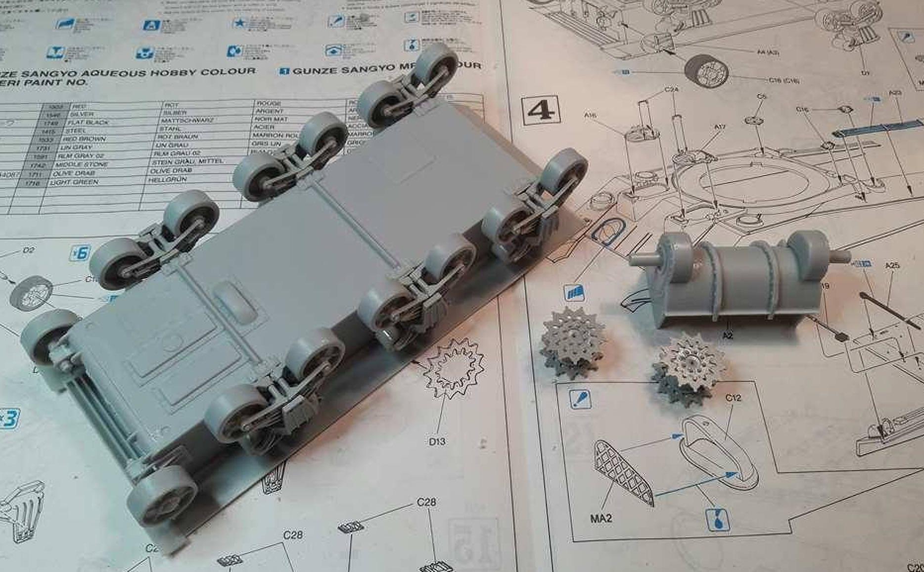 Sherman Vc Firefly - 1/35ème - kit Dragon #6031 Sherman Vc 'Firefly' 117525Etapes1a3