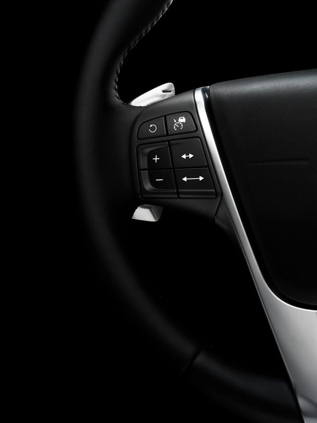 Volvo Dévoile Une Édition Limitée XC60 Përfekt Edition 119929168264VolvoXC60PerfektEdition