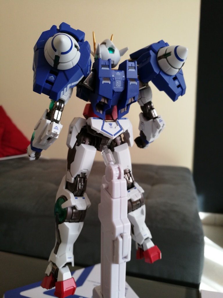 [REVIEW] Gundam 00 Seven Sword Metal Build MC Club..entre larmes,decadence et F5. 121075IMG20161027132716